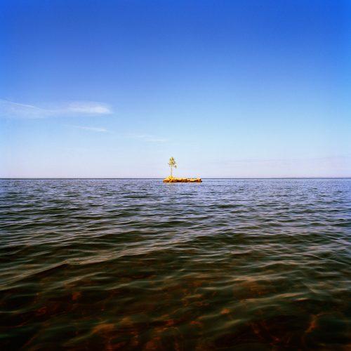 It's My Island II, 2007, 115 x 115 cm, C-print, Diasec