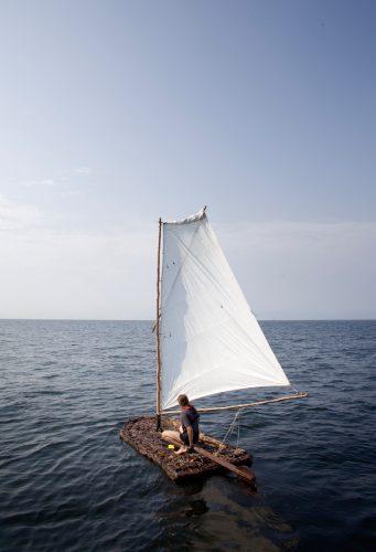 Bark Boat, 2010, 80 x 60 cm, C-print, Diasec